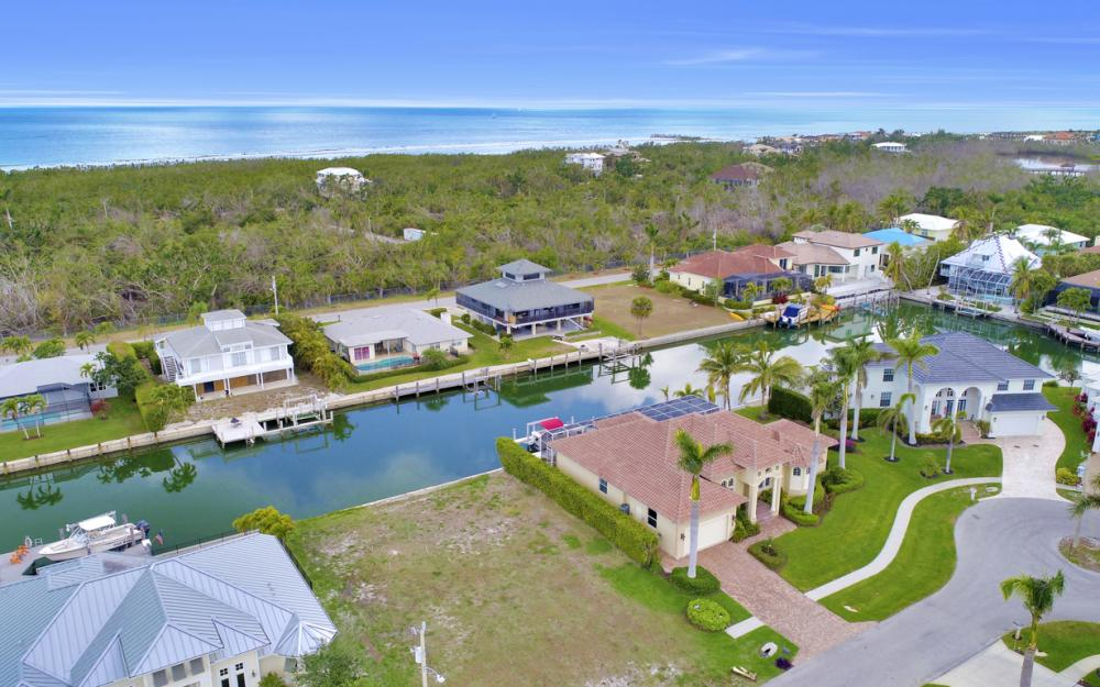 327 Henderson Ct, Marco Island - Lot For Sale 1056516045