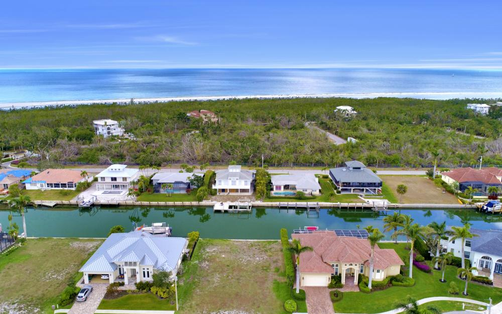 327 Henderson Ct, Marco Island - Lot For Sale 1304594108