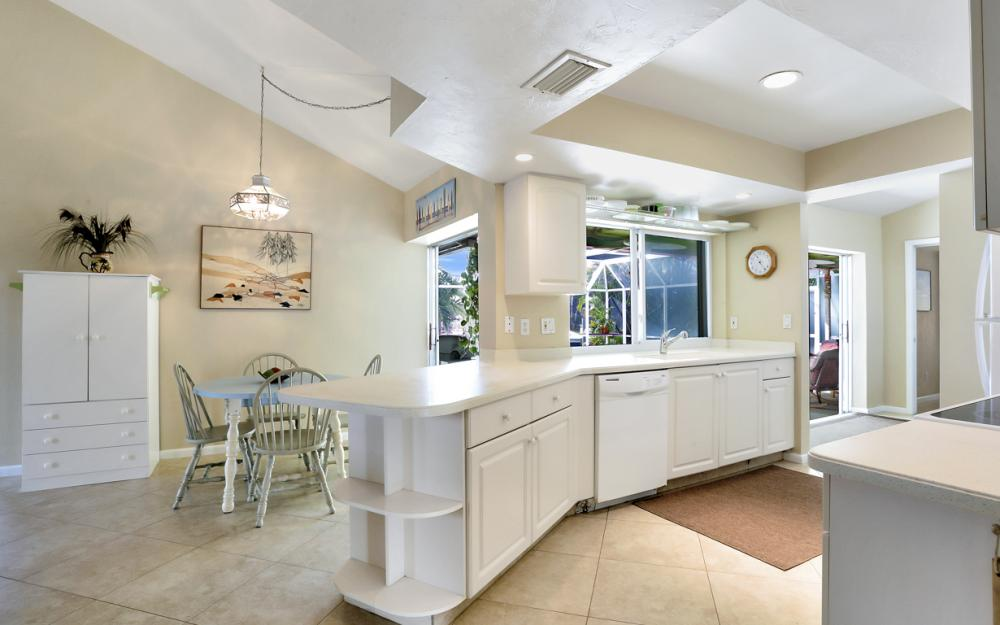 1145 Shenandoah Ct, Marco Island - Home For Sale 1938792054