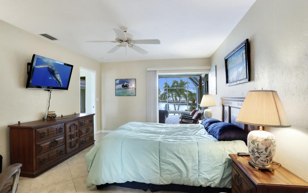 1145 Shenandoah Ct, Marco Island - Home For Sale 286736863