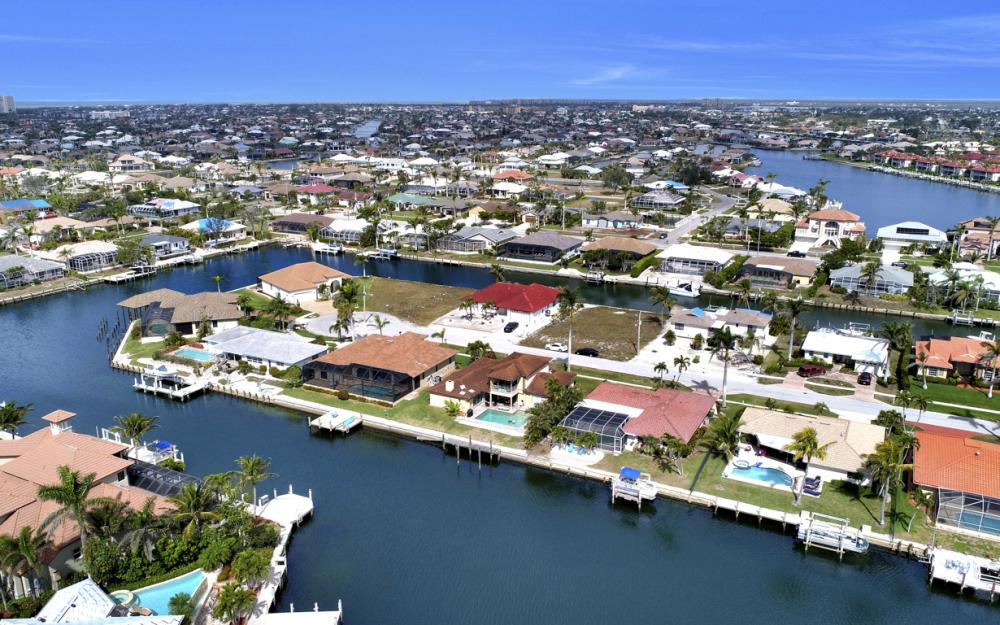 1145 Shenandoah Ct, Marco Island - Home For Sale 1173396365