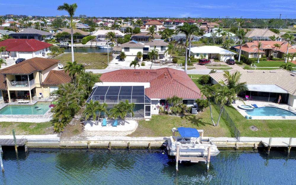 1145 Shenandoah Ct, Marco Island - Home For Sale 92623820