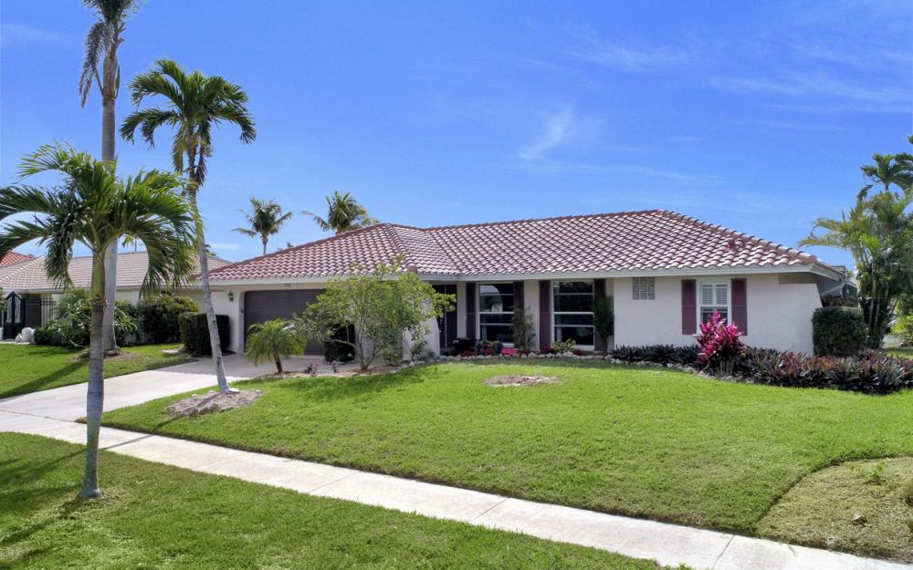 1145 Shenandoah Ct, Marco Island - Home For Sale 658596167