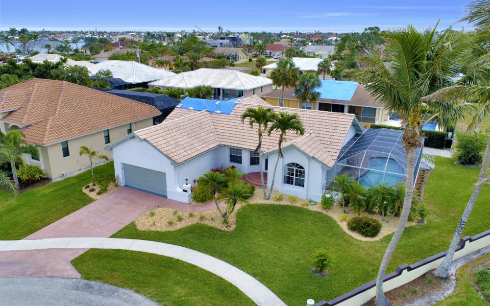 911 Ironwood Ct, Marco Island - Home For Sale 731279336