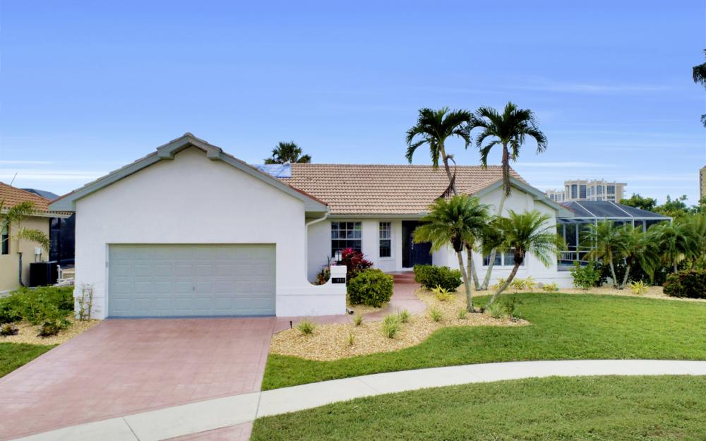 911 Ironwood Ct, Marco Island - Home For Sale 2043391761