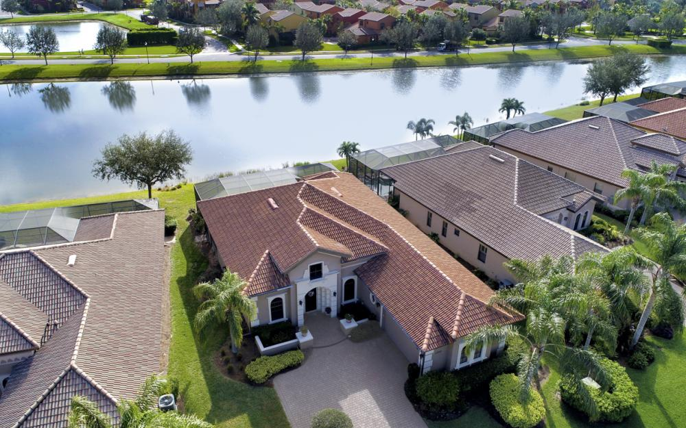 11851 Rosalinda Ct, Fort Myers - Home For Sale 603932631