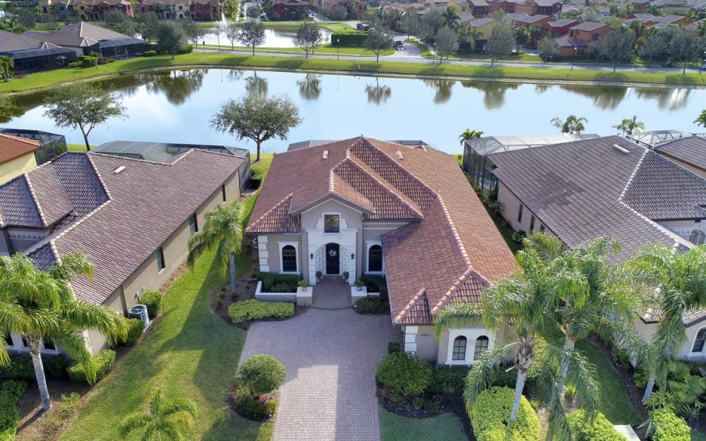 11851 Rosalinda Ct, Fort Myers - Home For Sale 2042083651
