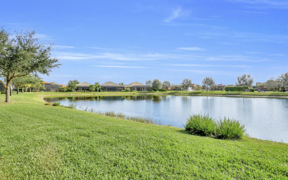 11851 Rosalinda Ct, Fort Myers - Home For Sale 156715893