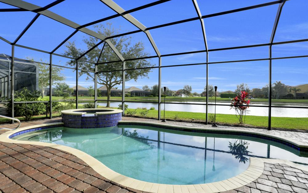 11851 Rosalinda Ct, Fort Myers - Home For Sale 523656990