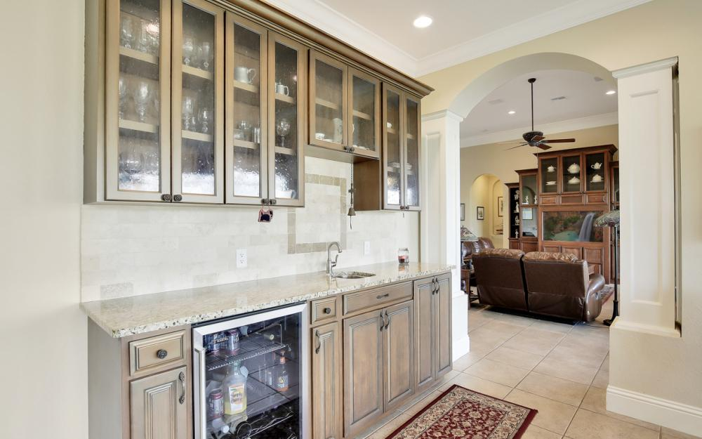 11842 Royal Tee Cir, Cape Coral - Home For Sale 647279239