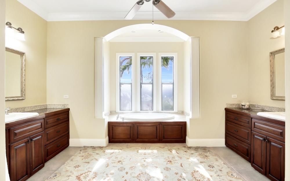 11842 Royal Tee Cir, Cape Coral - Home For Sale 528995448