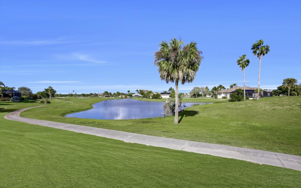 11842 Royal Tee Cir, Cape Coral - Home For Sale 2067239134