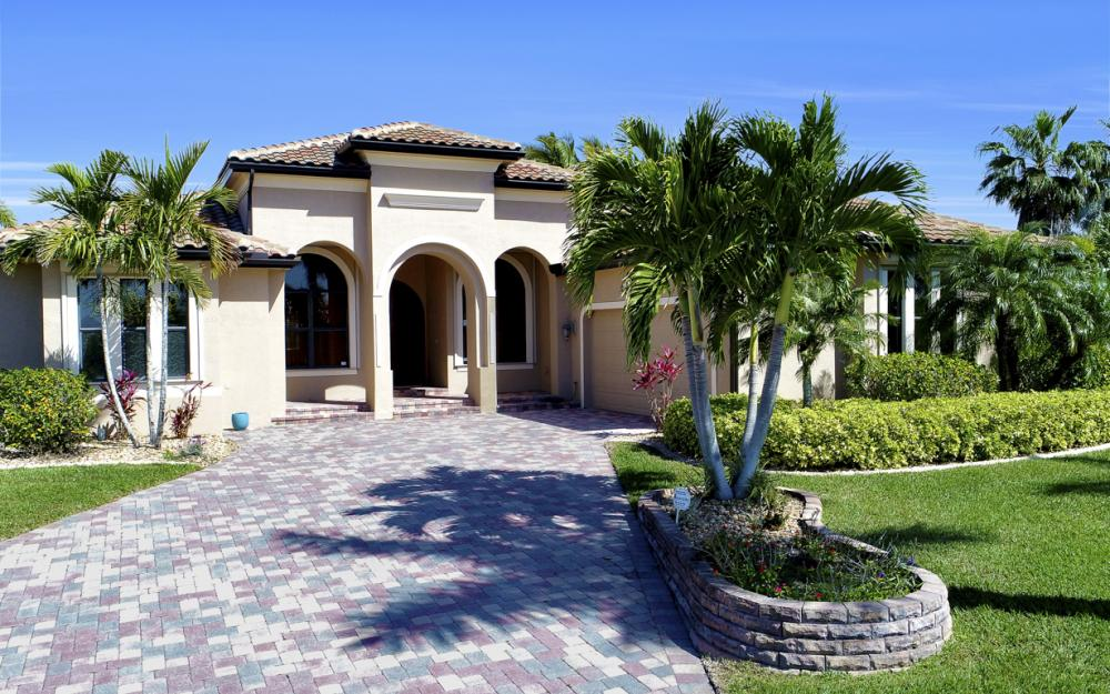 11842 Royal Tee Cir, Cape Coral - Home For Sale 788825555