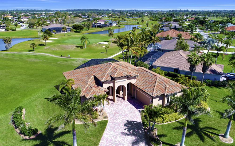11842 Royal Tee Cir, Cape Coral - Home For Sale 344193389