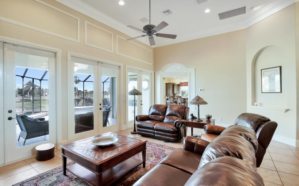11842 Royal Tee Cir, Cape Coral - Home For Sale 70074585