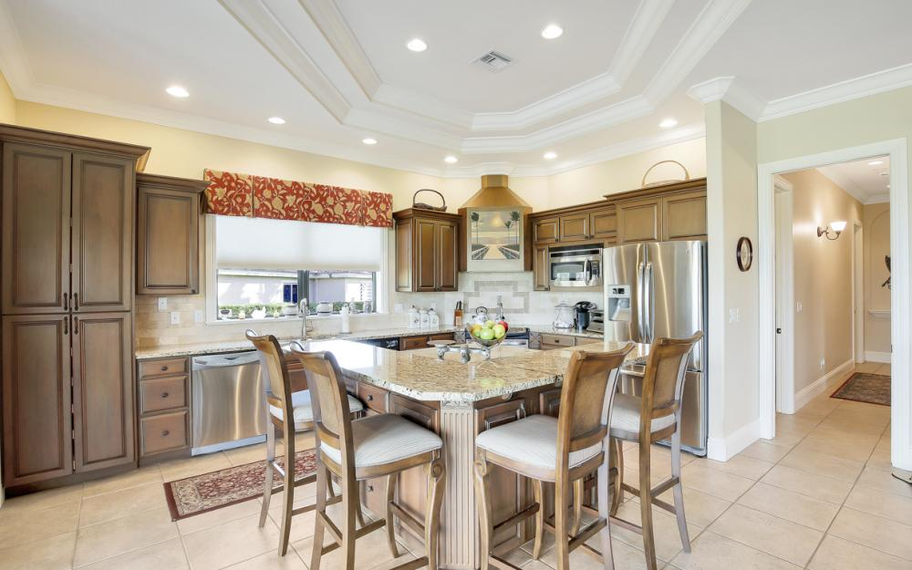 11842 Royal Tee Cir, Cape Coral - Home For Sale 1230577573