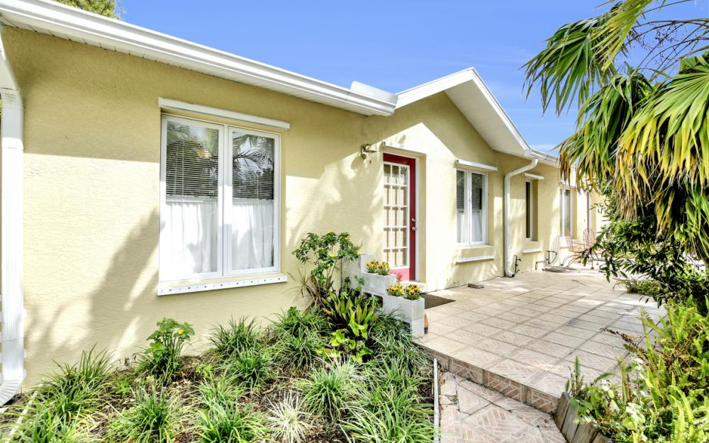 2453 Sunset Ave, Naples - Home For Sale 1407156227