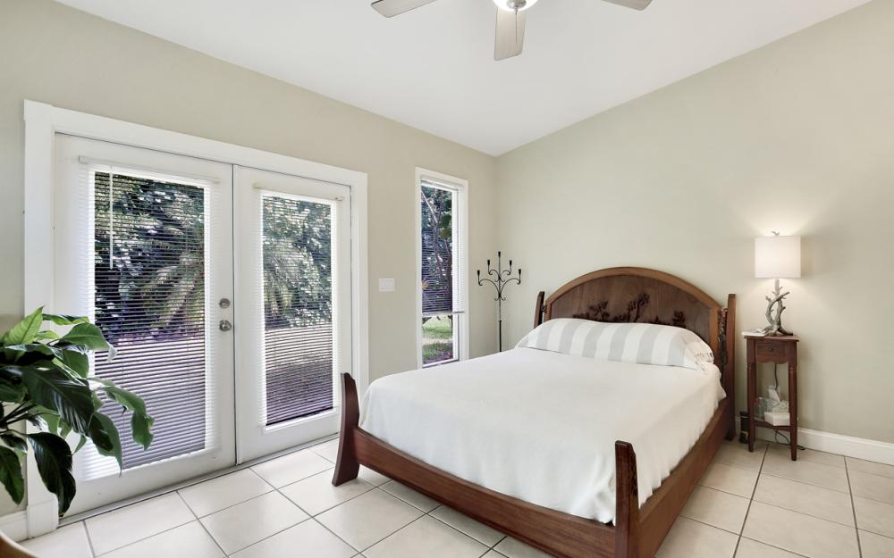2453 Sunset Ave, Naples - Home For Sale 1592293477