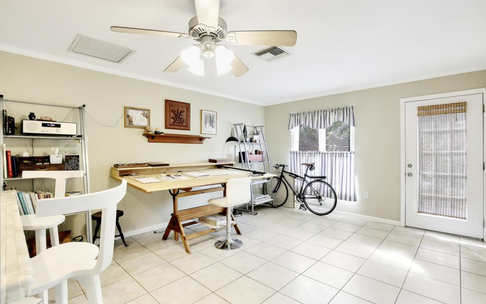 2453 Sunset Ave, Naples - Home For Sale 497145102