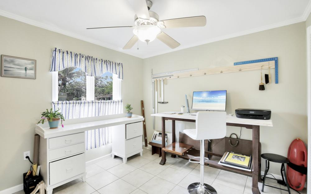 2453 Sunset Ave, Naples - Home For Sale 1645363687