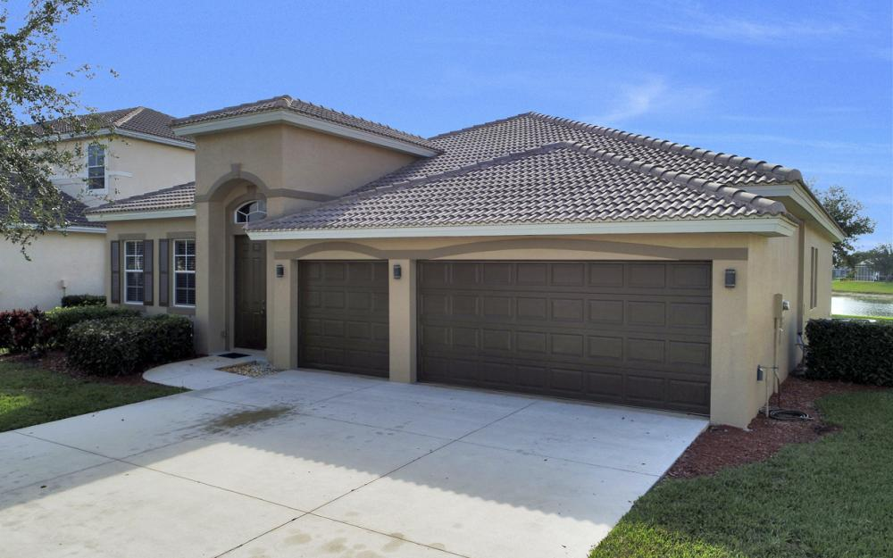 3028 Lake Manatee Ct, Cape Coral - Home For Sale 206472410