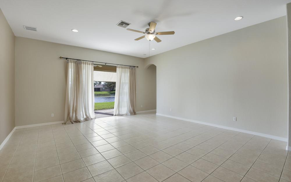 3028 Lake Manatee Ct, Cape Coral - Home For Sale 909423660