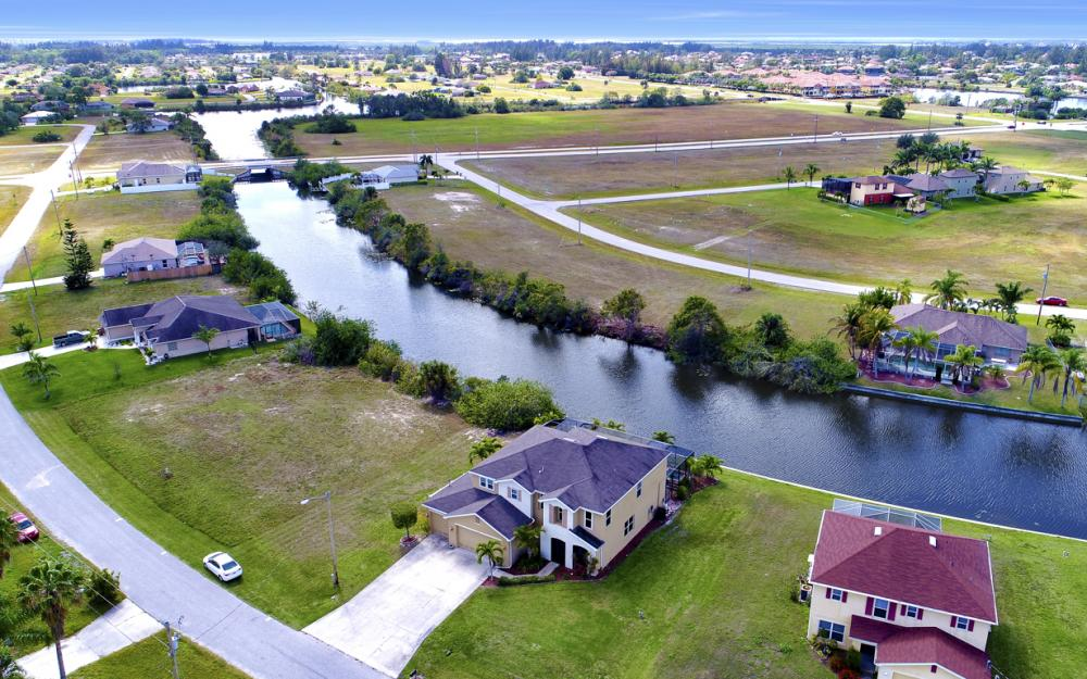 110 NW 29th Pl, Cape Coral - Home For Sale 1890088097