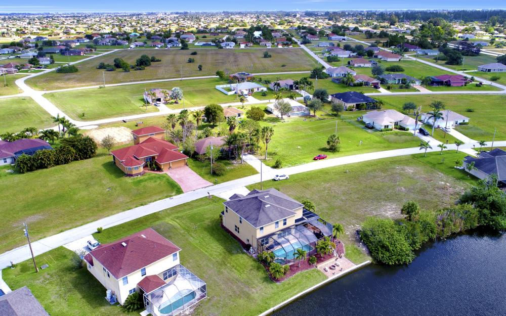 110 NW 29th Pl, Cape Coral - Home For Sale 1045404589