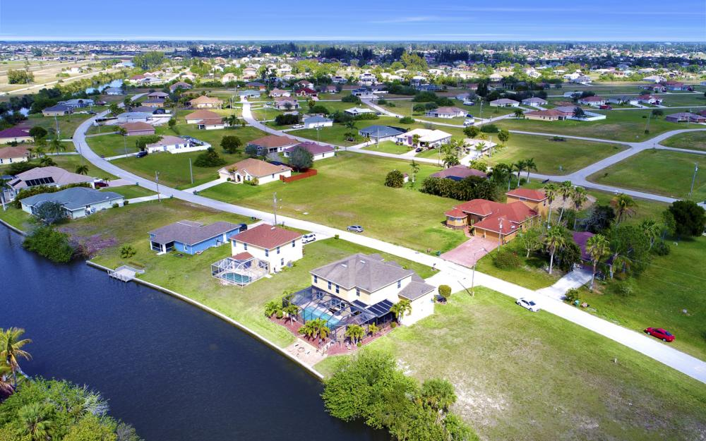 110 NW 29th Pl, Cape Coral - Home For Sale 422259376