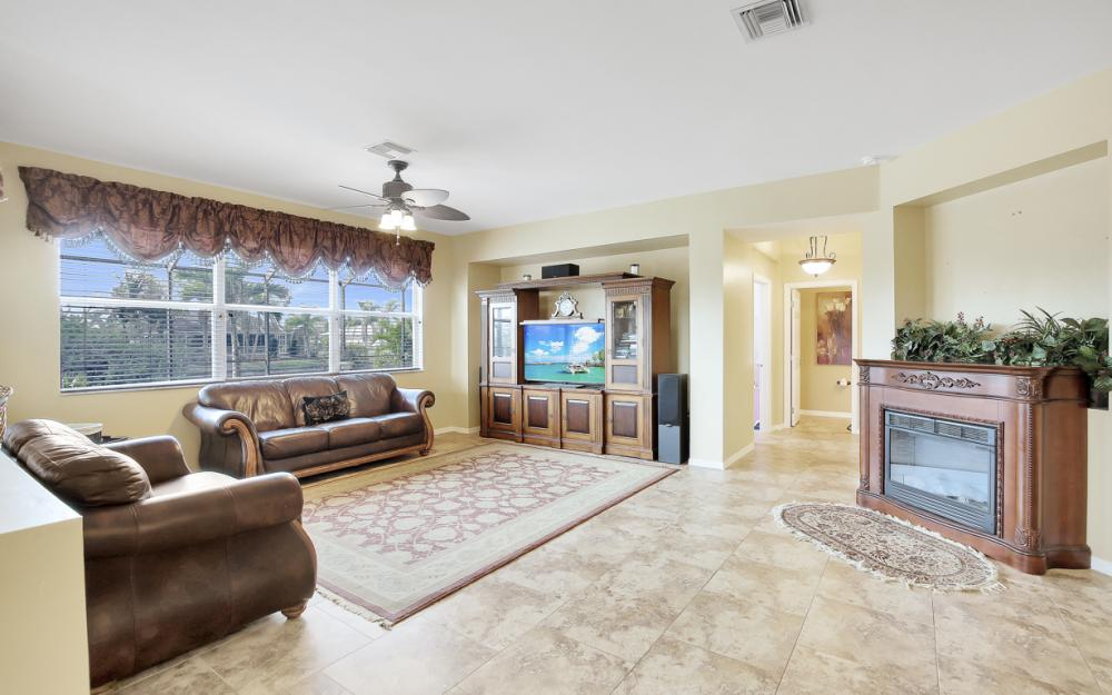 110 NW 29th Pl, Cape Coral - Home For Sale 829964757