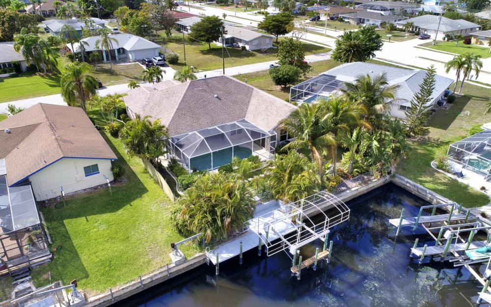 4209 SE 9th Ave, Cape Coral - Home For Sale 24257902