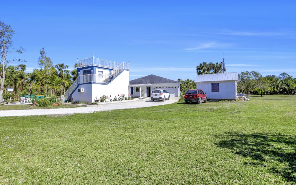 1330 Rock Rd, Naples - Home For Sale 2105480357