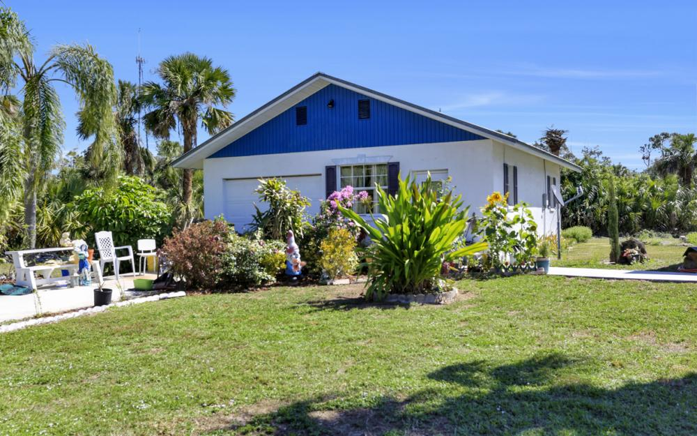 1330 Rock Rd, Naples - Home For Sale 964655077