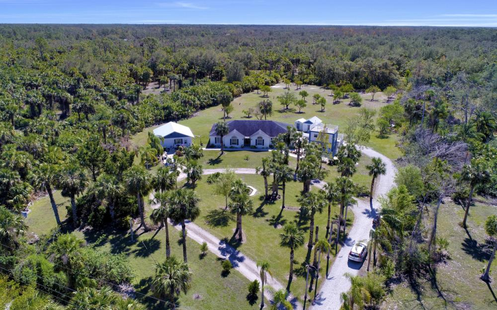 1330 Rock Rd, Naples - Home For Sale 1913028213