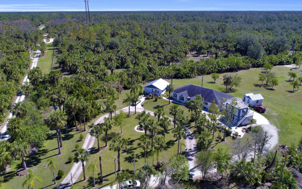 1330 Rock Rd, Naples - Home For Sale 331548285