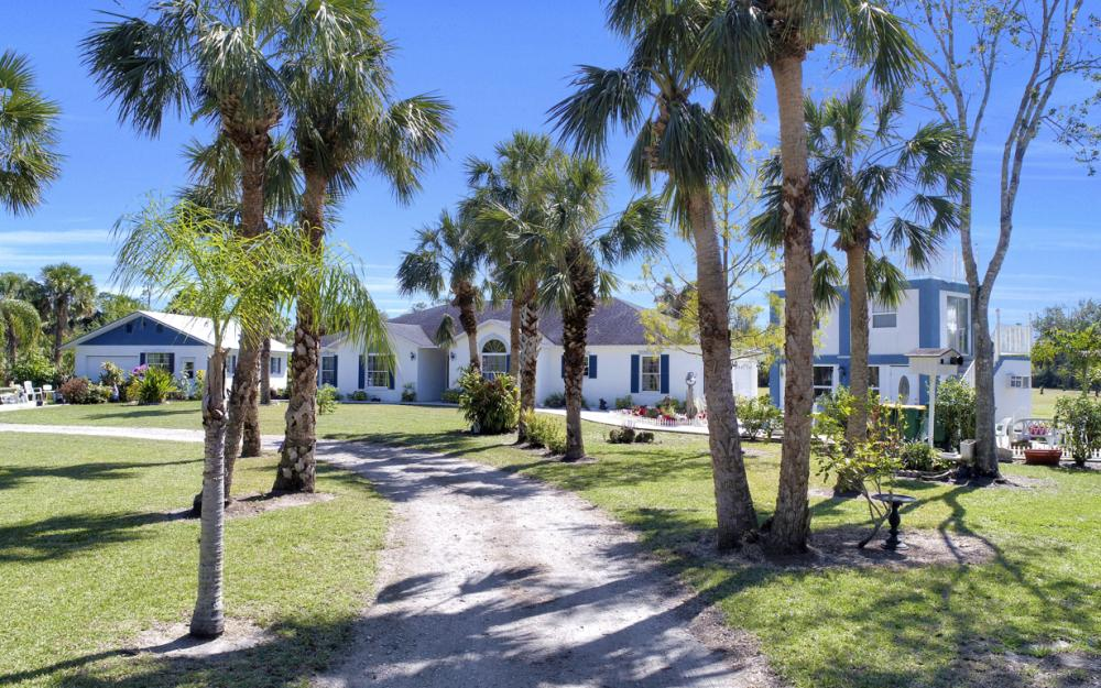 1330 Rock Rd, Naples - Home For Sale 290549563