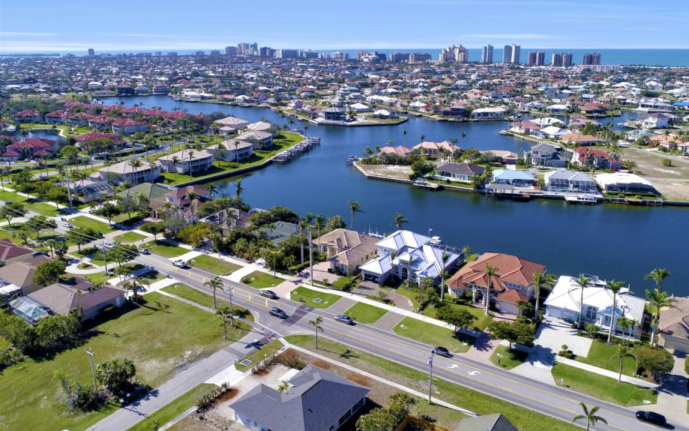 1180 Samoa Ave, Marco Island - Home For Sale 406419402