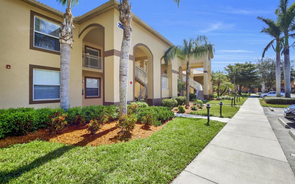 20061 Barletta Ln #2621, Estero - Condo For Sale 1812485221
