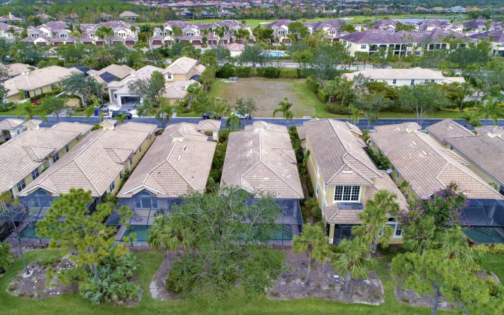 3770 Cotton Green Path Dr, Naples - Home For Sale 1119404357
