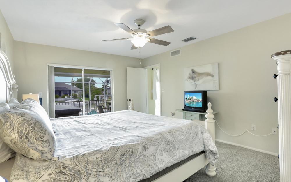 1211 Spanish Ct, Marco Island - Home For Sale 867275896