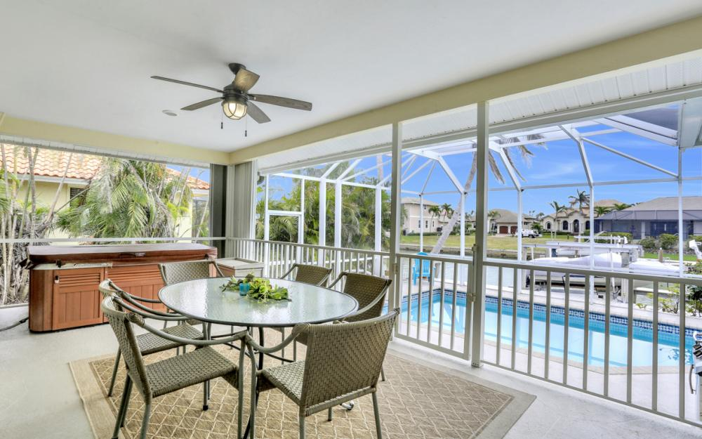 1211 Spanish Ct, Marco Island - Home For Sale 326542584