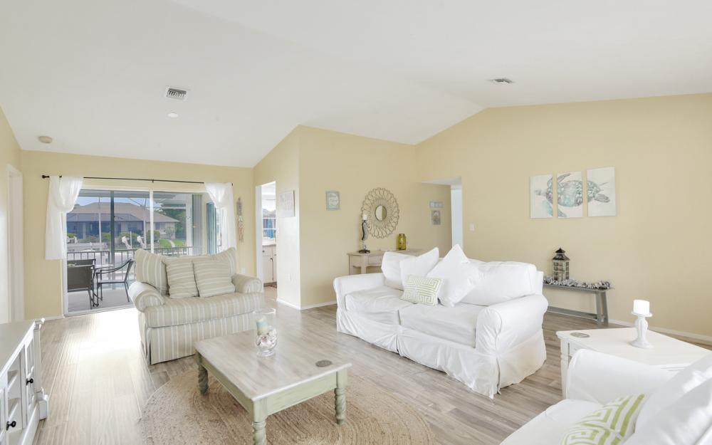 1211 Spanish Ct, Marco Island - Home For Sale 555828320