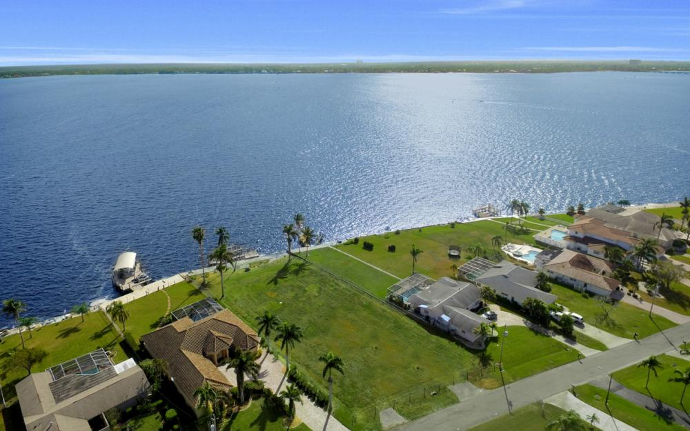 3711 SE 21st Pl, Cape Coral - Lot For Sale 930545312