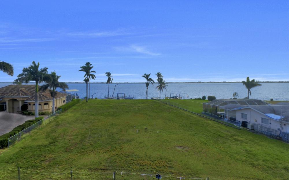 3711 SE 21st Pl, Cape Coral - Lot For Sale 2009956887