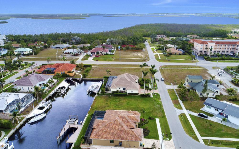25 Covewood Ct, Marco Island - Lot For Sale 873498559