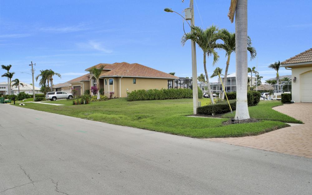 25 Covewood Ct, Marco Island - Lot For Sale 1984307425