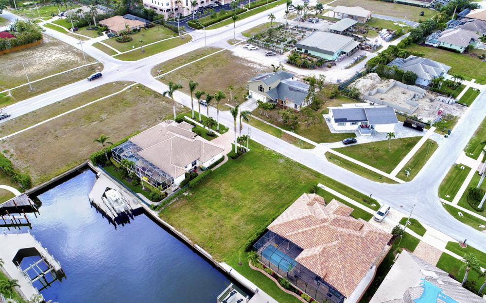 25 Covewood Ct, Marco Island - Lot For Sale 1715009079
