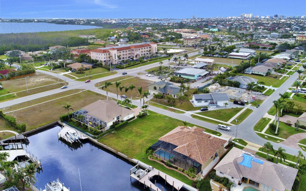 25 Covewood Ct, Marco Island - Lot For Sale 1886603365