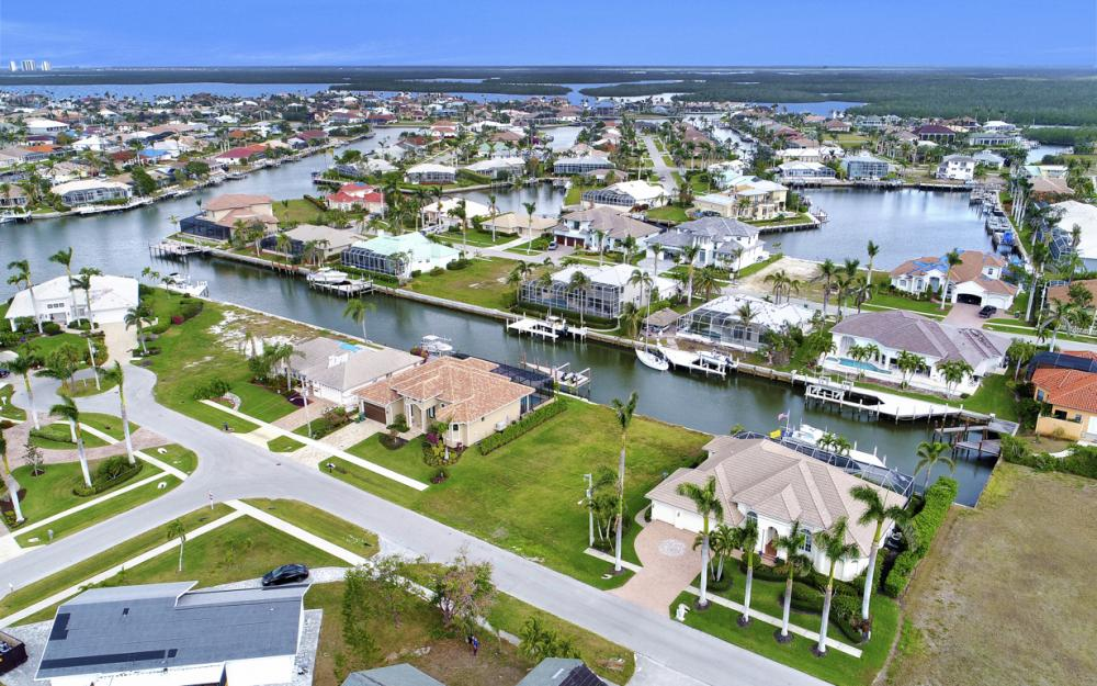 25 Covewood Ct, Marco Island - Lot For Sale 164567051