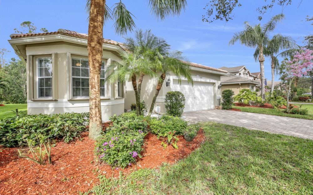 2343 Butterfly Palm Dr, Naples - Home For Sale 1517541773